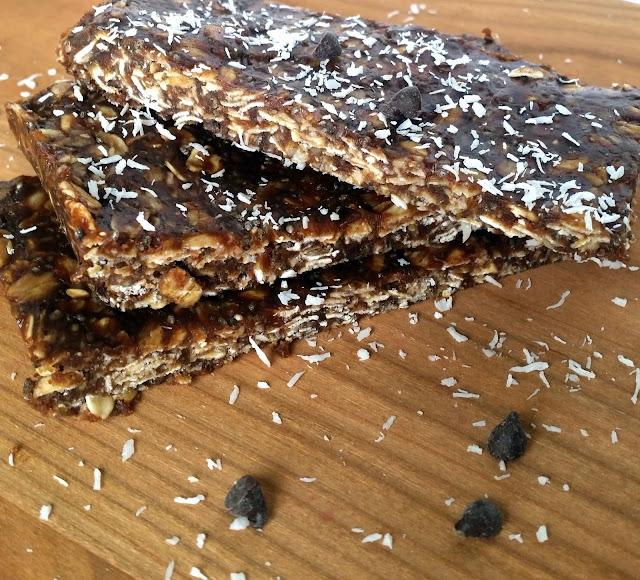 No Bake Chocolate Peanut Butter & Coconut Granola Bars
