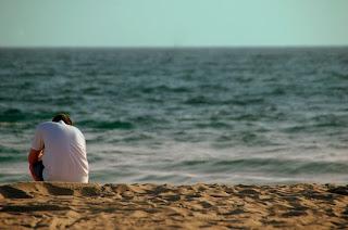pria kesepian