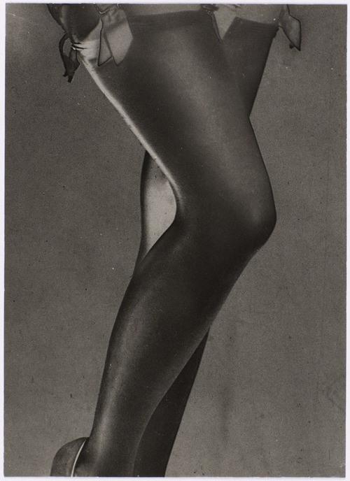 man-ray-jambes-de-lee-miller-1930.jpg