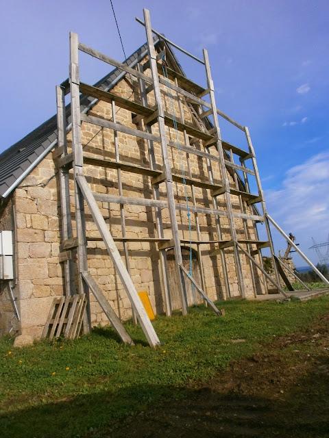 Rénovation d'une Ferme en Meuse Echafaudage # Échafaudage En Bois