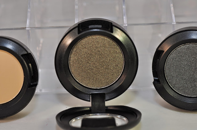 MAC Fiction eye shadow