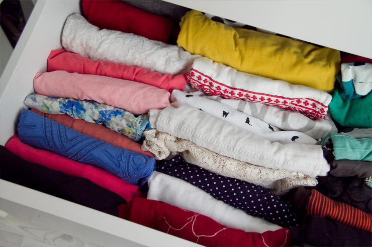 La magia del orden de marie kondo o c mo un libro puede - Marie kondo doblar ropa ...