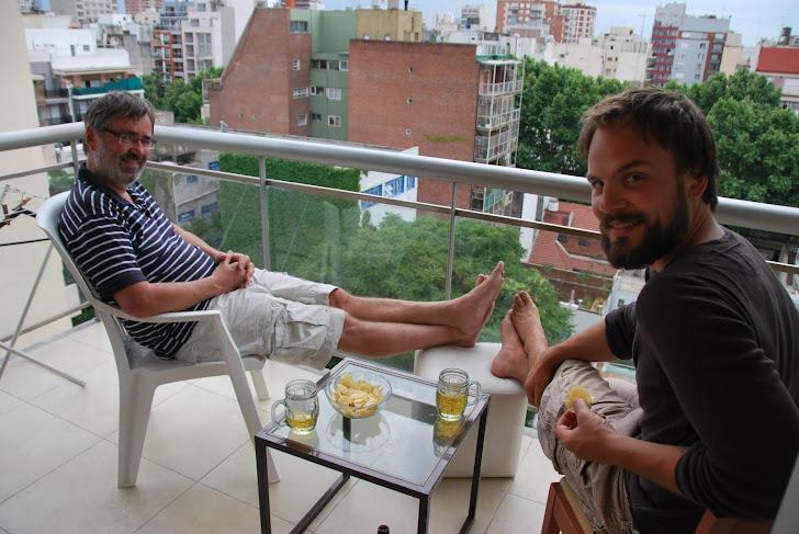 Tron og Andreas på balkongen