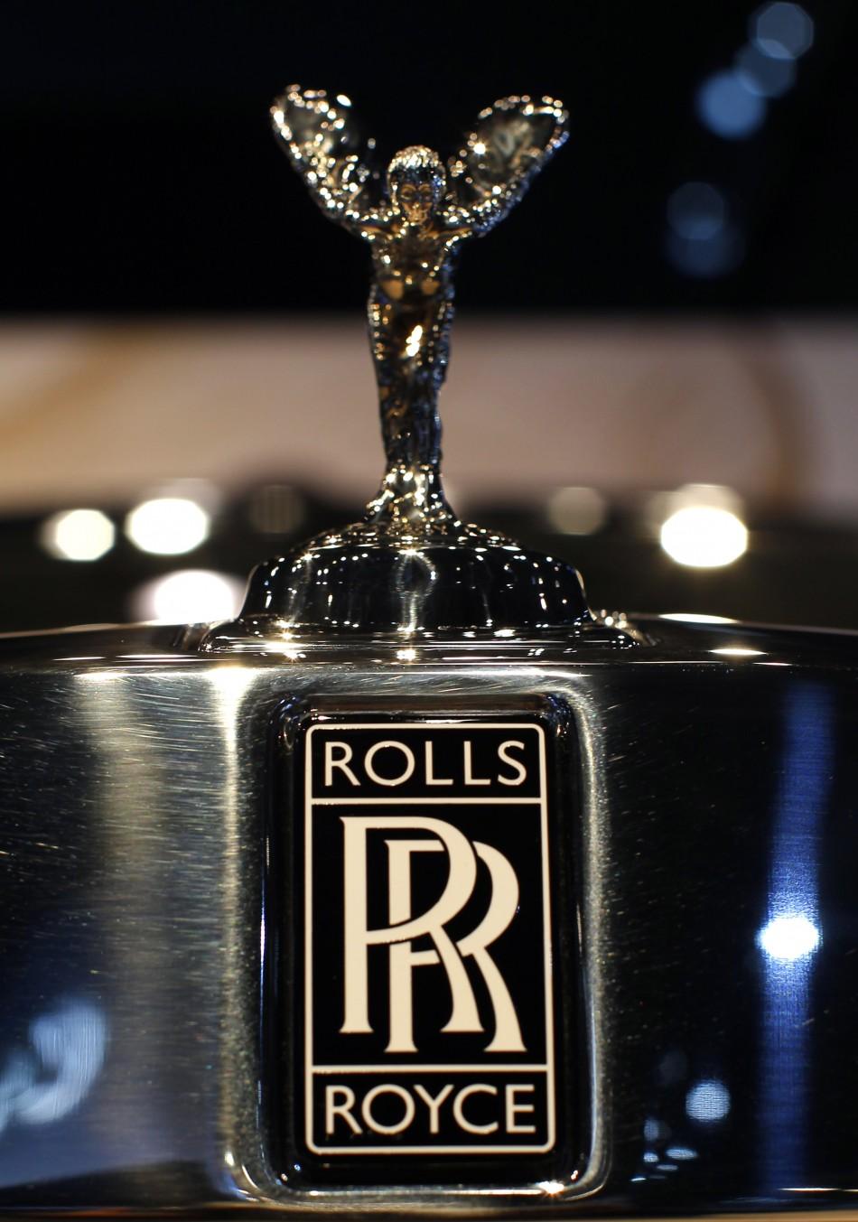 Эмблема ролс ройса фото