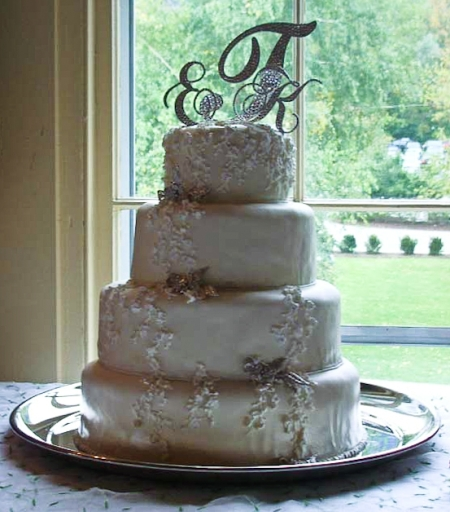 Wedding Cake Bling Beautiful Cakes That Sparkle Amp Shine