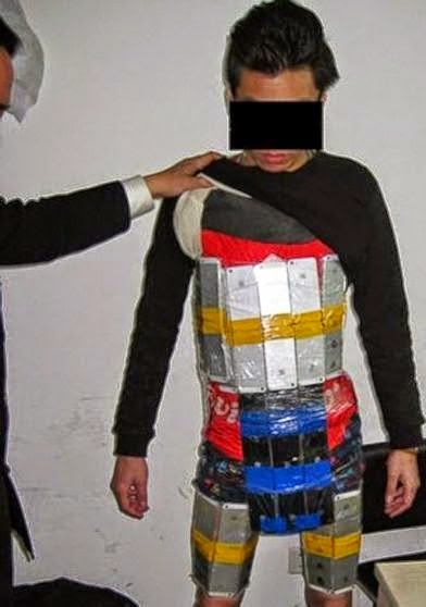 Man Wearing Suit Made of iPhones Was Caught By Custom Officials (Photos)