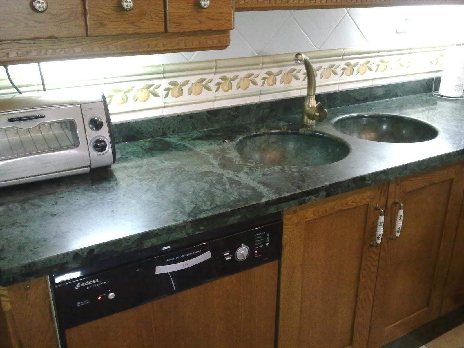 De piedra encimeras y cocinas for Encimeras de cocina de piedra baratas