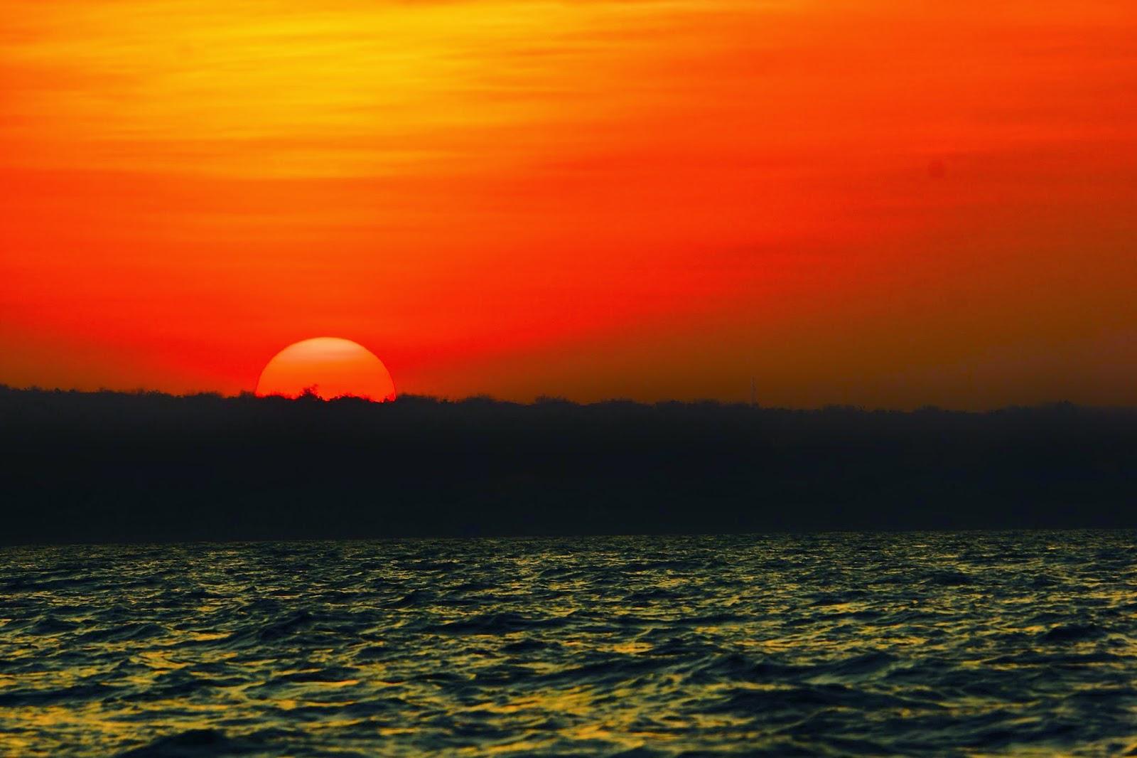 Sunset Pulau Gili Labak