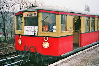 S-bahn: West-Berlin und die Reichsbahn Ein Bahnstreik, der 35 Jahre nachwirkt, aus Der Tagesspiegel