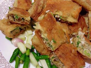 makanan khas indonesia dari daerah aceh - martabak aceh