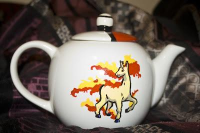 Pokémon teapot: Rapidash