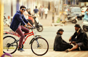 Run Raja Run Movie Stills-thumbnail-13