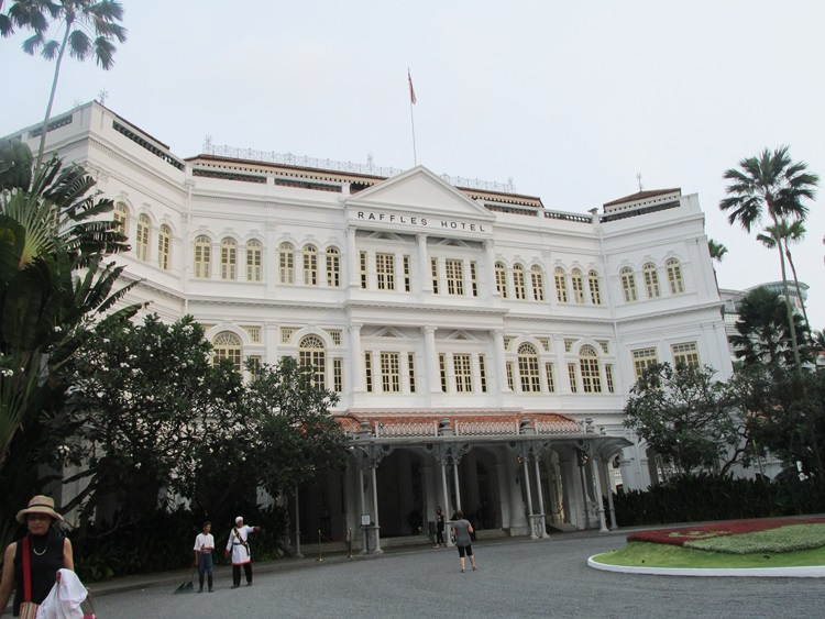 The famous Raffles Hotel, Singapore