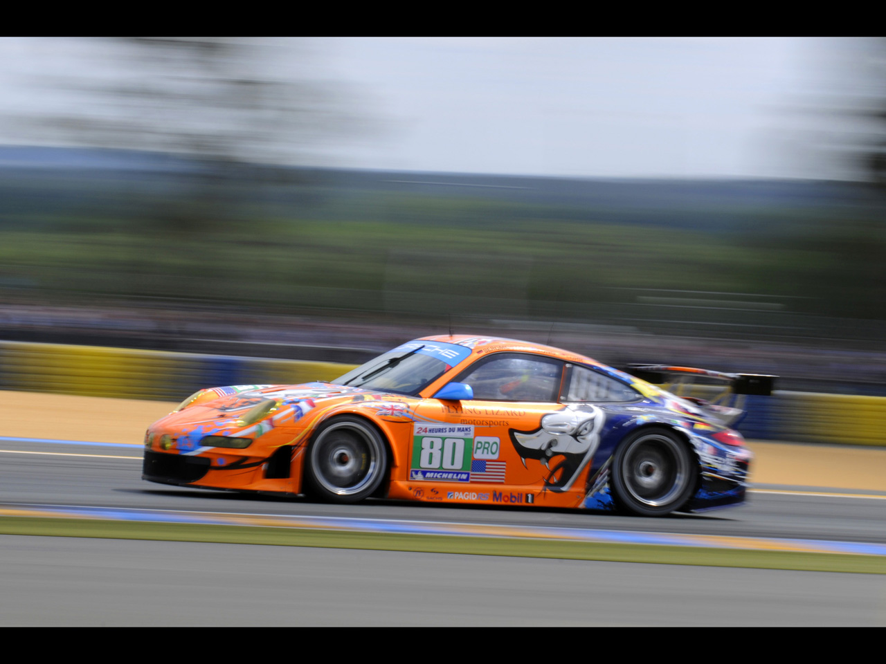 Porsche 911 Gt3 Rsr At Le Mans 2011 Luxury And Fast Cars