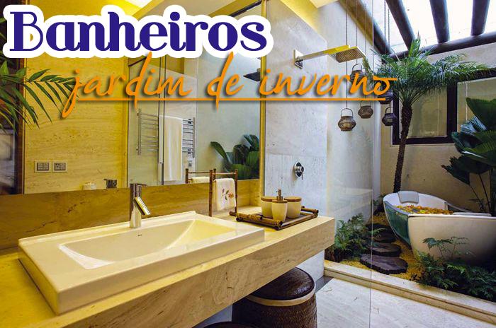 iluminacao de jardim interno:Banheiros/lavabos com jardins de inverno e verticais – veja modelos