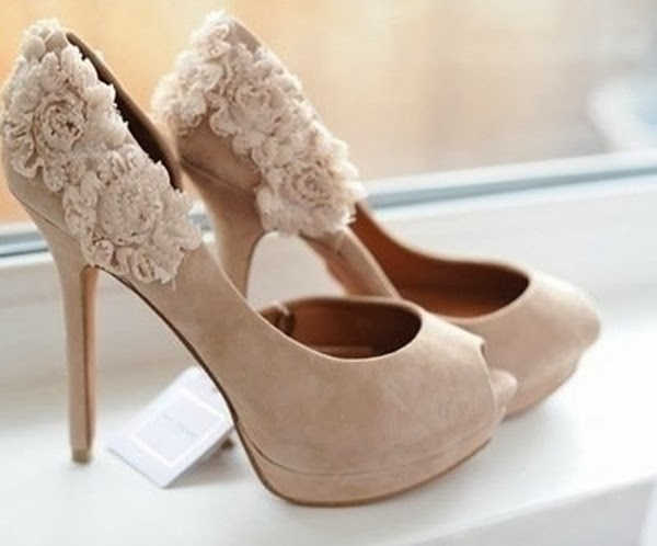 beautiful nude pumps bridal