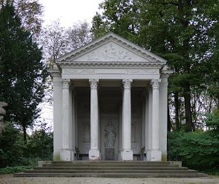 Minervatempel im Schwetzinger Schlossgarten