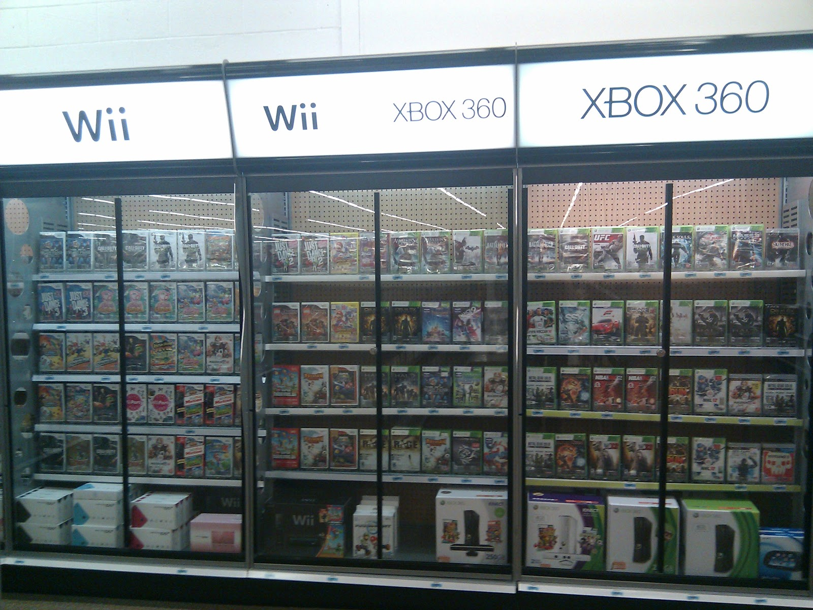 Trend New video game cases in a Kmart