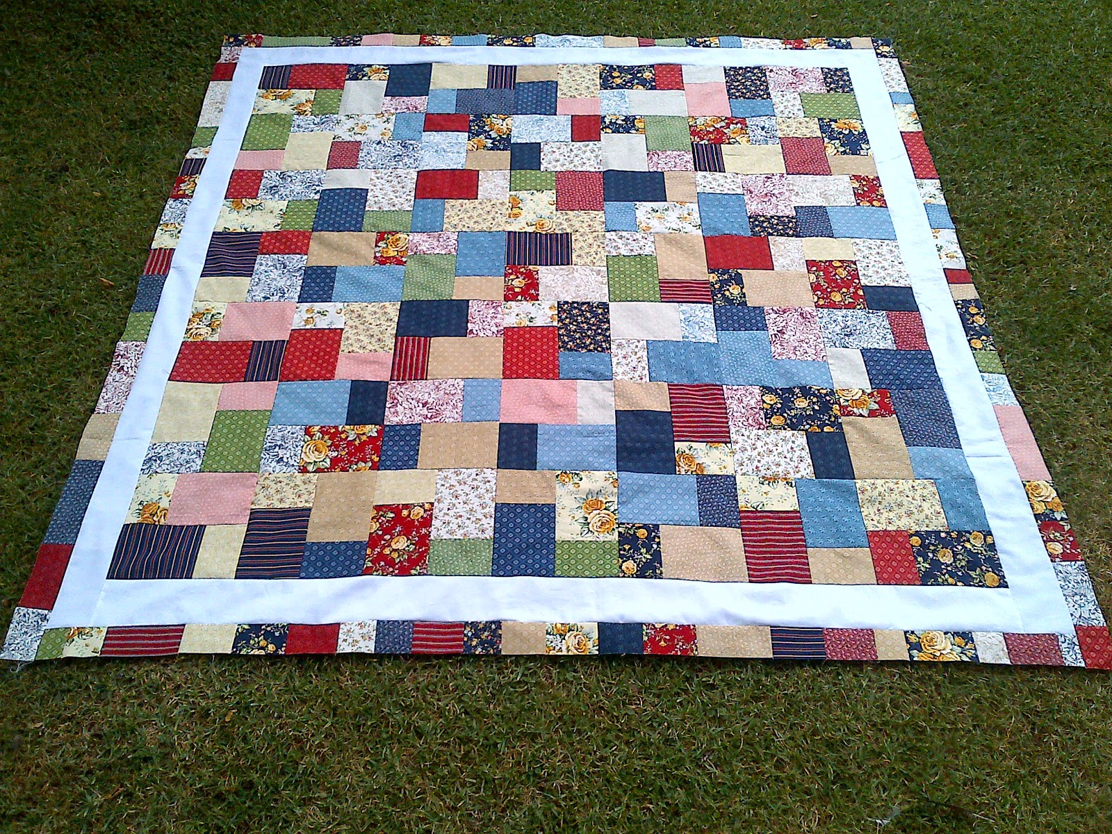 Stitch by Stitch: Double Slice Quilt Top : double slice layer cake quilt tutorial - Adamdwight.com