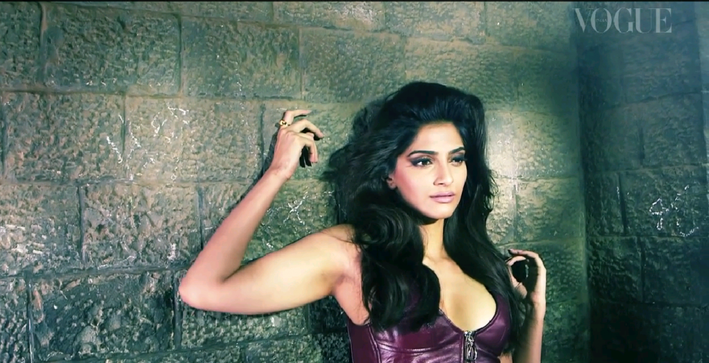 sonam kapoor hot photoshoot vogue india