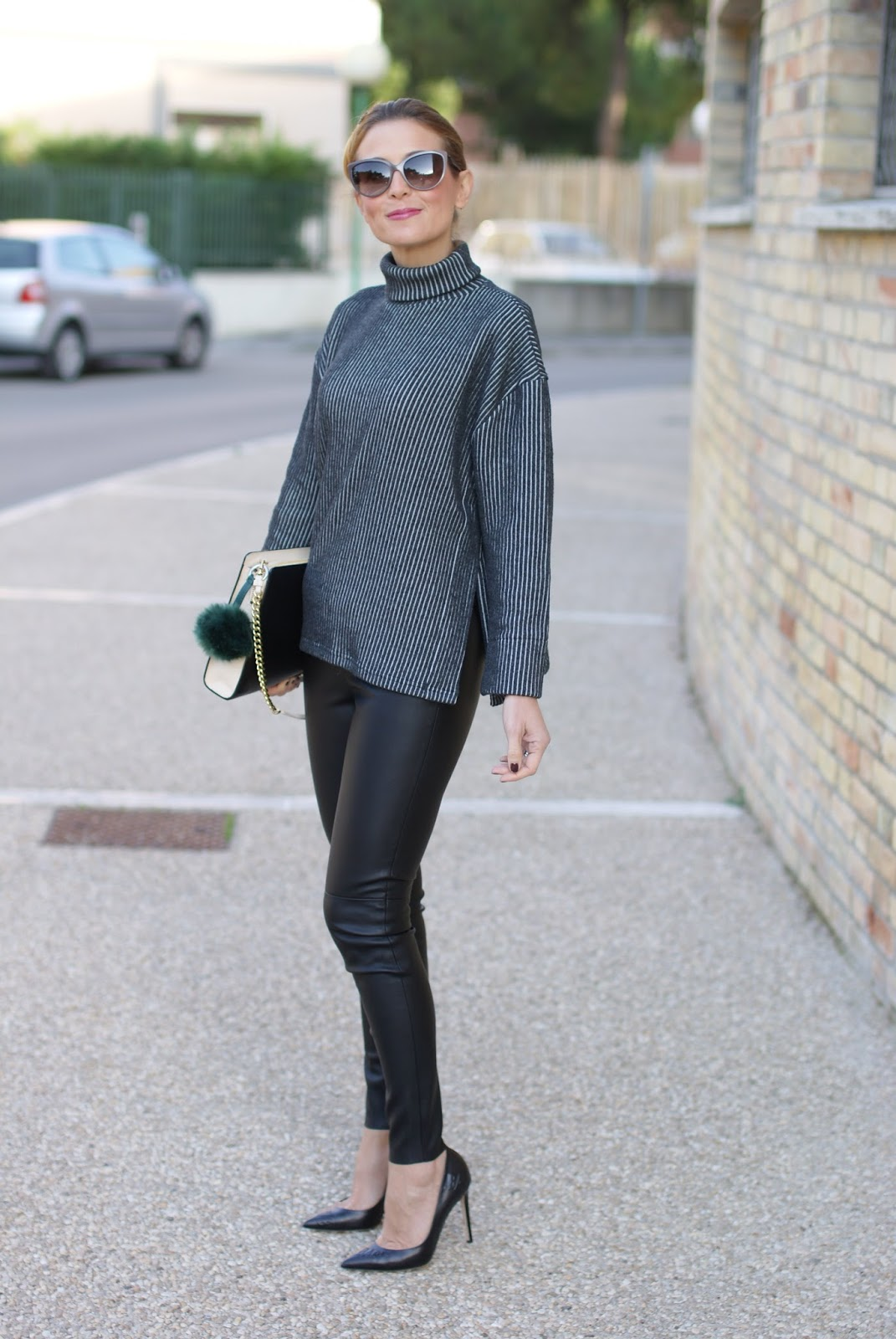 Chic and sophisticated look with a Vogos ribbed sweater, faux leather pants and black pumps on Fashion and Cookies fashion blog, fashion blogger style