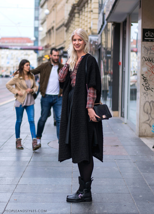 Wearing leather like black midi skirt and cocoon coat, photo by PEOPLEANDSTYLES.COM