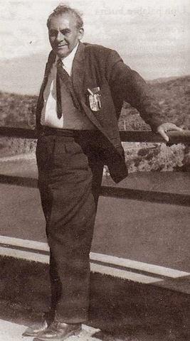 Mracelino Román