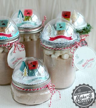 http://scrapbookgirl.typepad.com/paper_scissors_and_superh/2014/09/introducing-the-make-it-market-tinsel-tags-kit.html