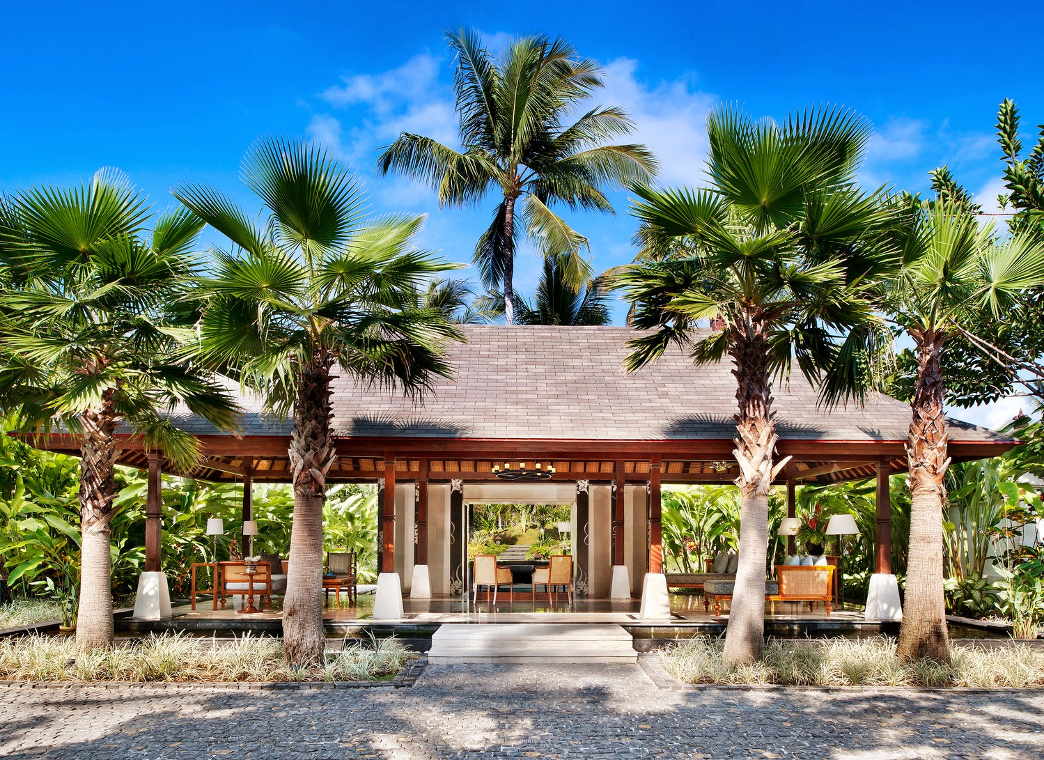 Luxury for less with up to 50 off stays in southeast asia for Luxury hotel for less