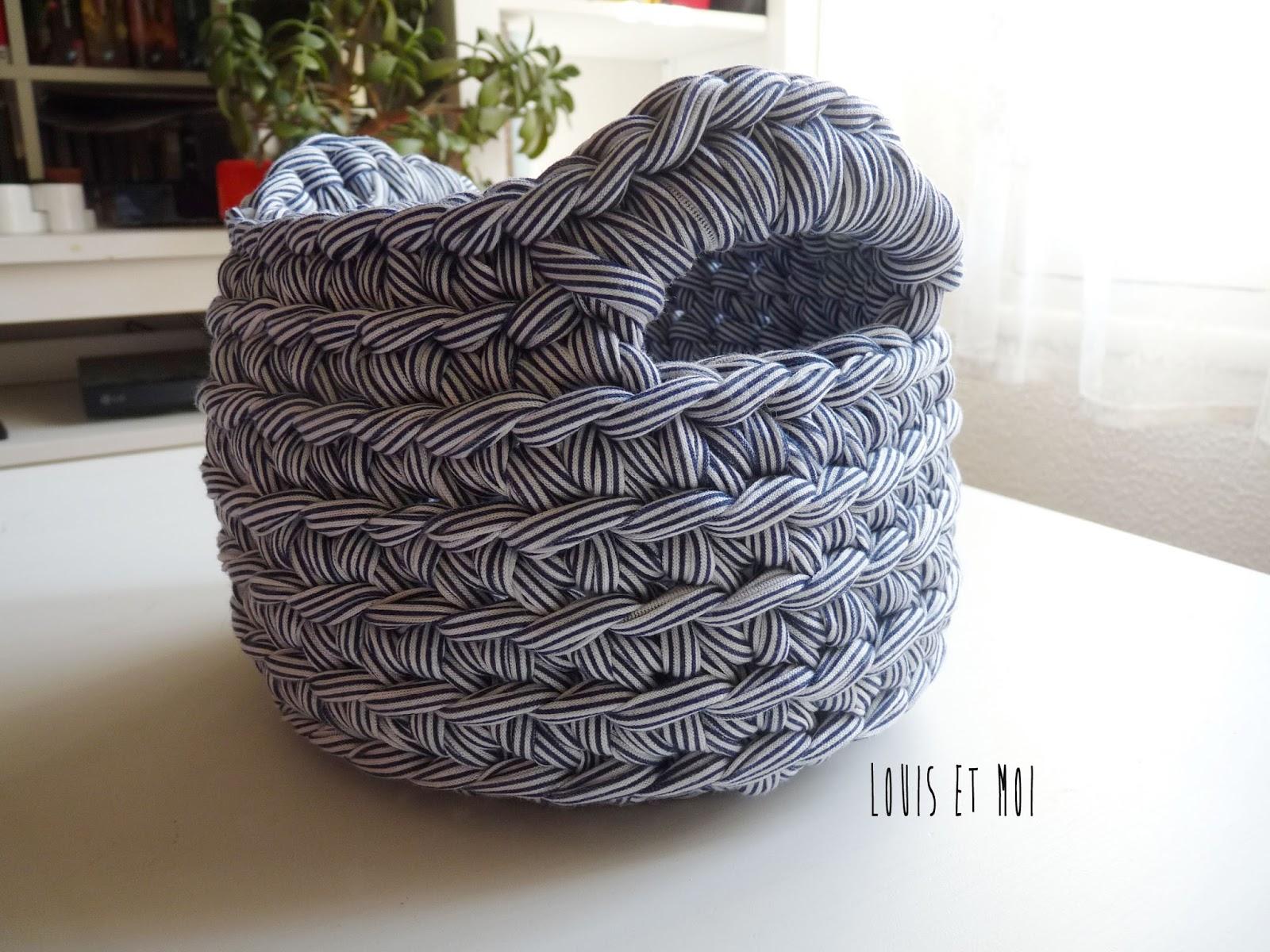 Louis et moi cosen y hacen crochet patr n de cestita en - Cestas de ganchillo ...