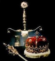 Image of sword, scepter and crown of Scotland.
