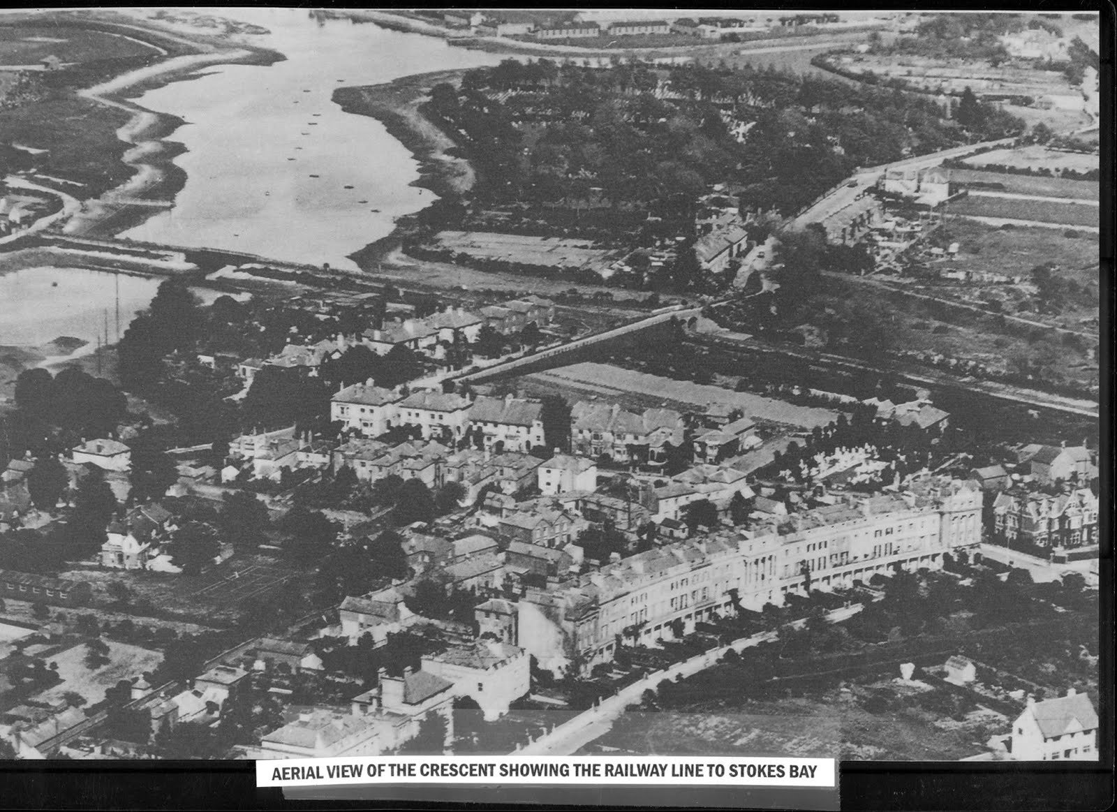 The Crescent and Clayhall Arch 1930s