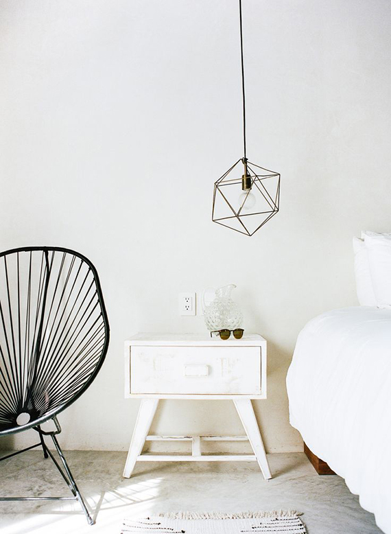 White bedroom to make you dream | Image via Jared Chambers