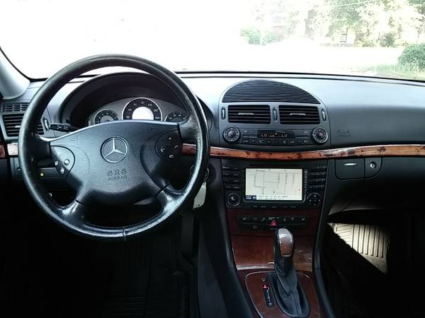 daily turismo family class 2004 mercedes e500 4matic. Black Bedroom Furniture Sets. Home Design Ideas