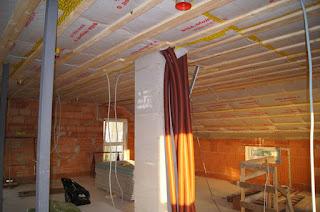 hausbau das tor zur h lle die dachstuhl schalung. Black Bedroom Furniture Sets. Home Design Ideas