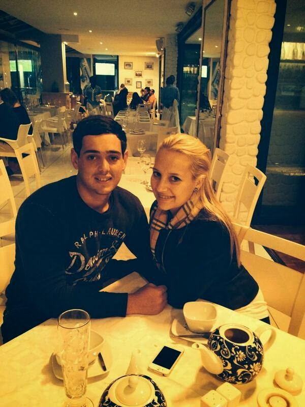 quinton de kock with his girlfriend quinton de kock with his    Quinton De Kock 2013