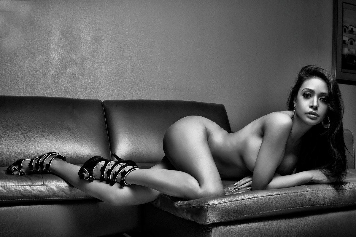 paloma esmeria nude photoshoot 02