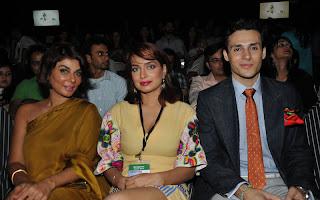 Nabila Aamina Haq with Ammar Belal PFDC Sunsilk Fashion Week 2011   Red Carpet DAY 1 & 2