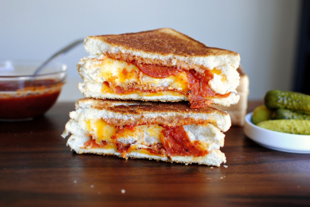 grilled double decker pizza sandwich l simplyscratch.com
