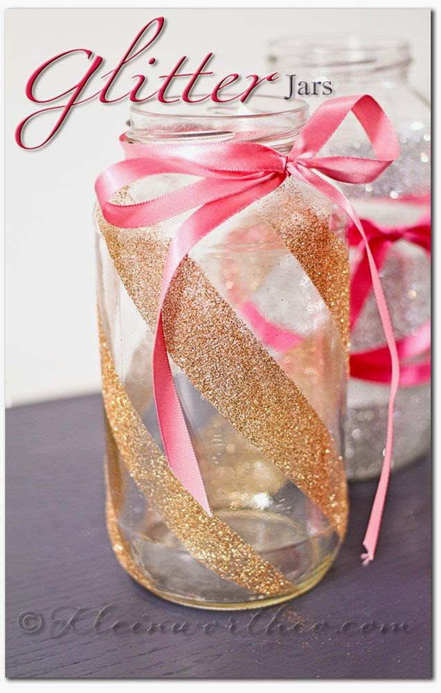decorating mason jars for gifts with glitter