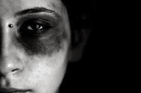 Diga não a violência contra a mulher. Não seja conivente, DENUNCIE!