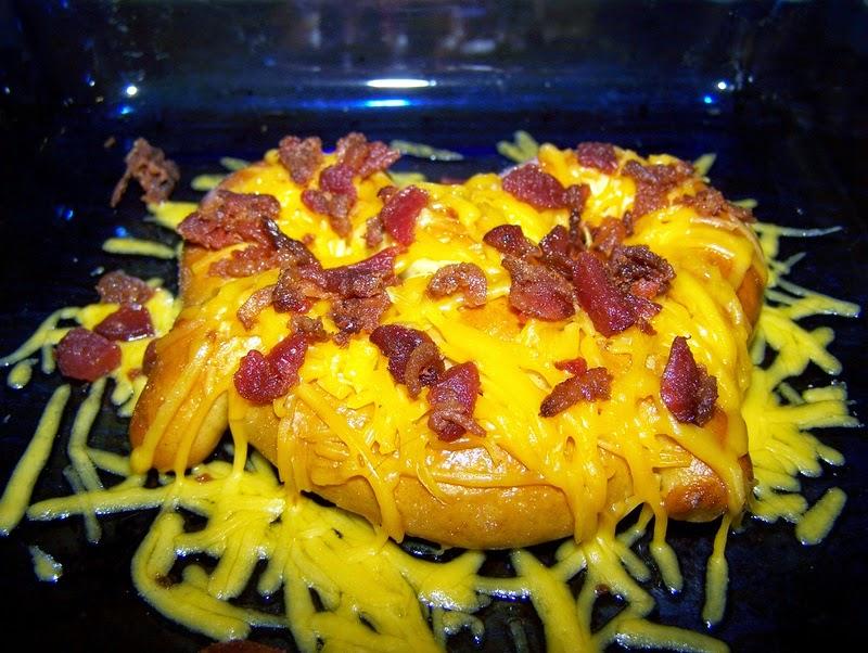 easy bacon cheddar pretzels