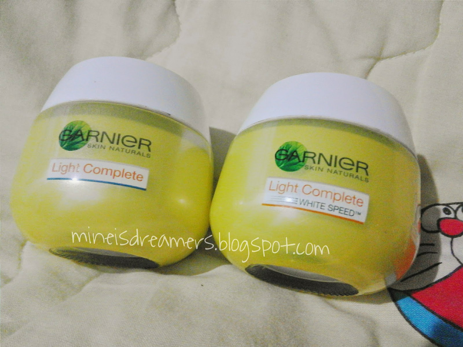 Review Garnier Light Complete White Series Dreamcatcher Lintang Paket Speed Multi Action Serum Cream Whitening