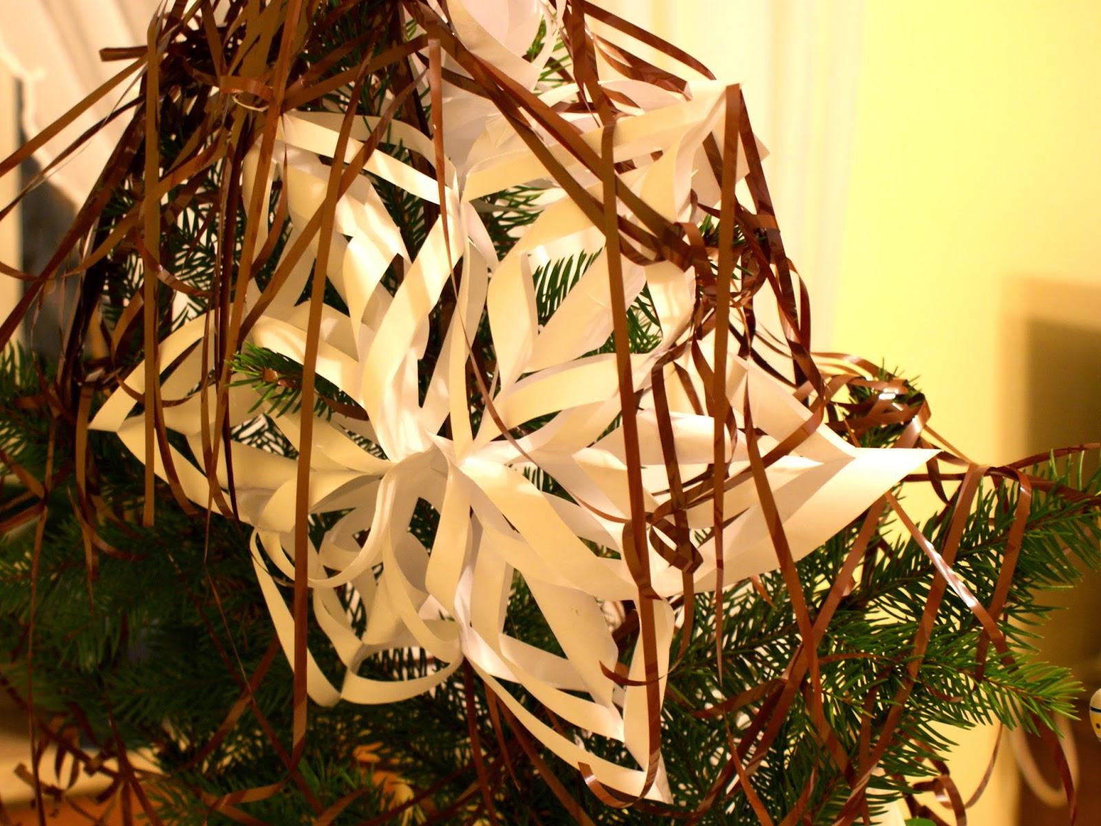 ozdoba świąteczna kasety magnetofonowe gwiazda z papieru
