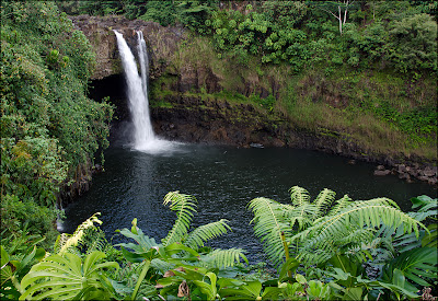 Hilo Hawaii attraction - Rainbow Falls