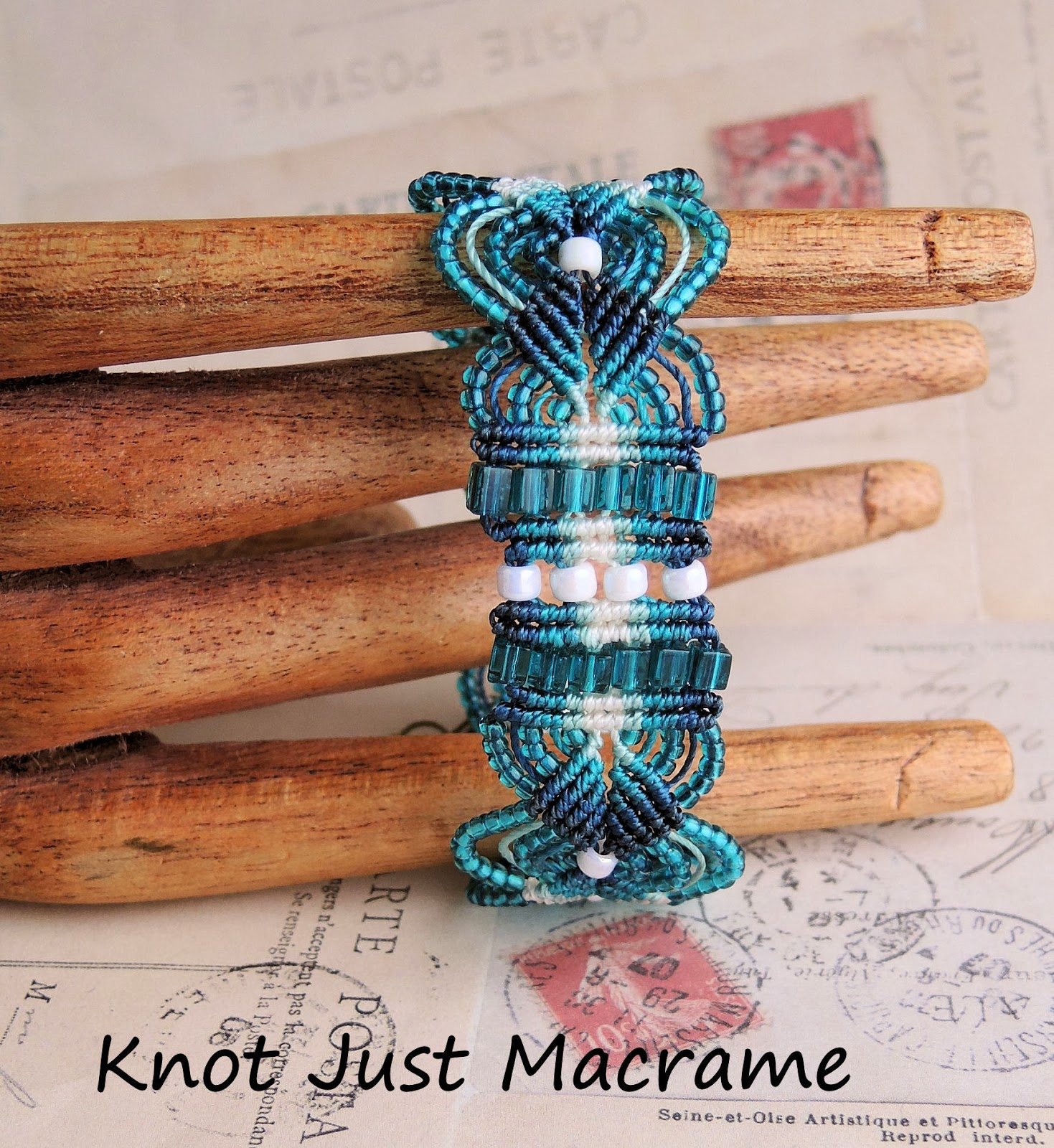 Double Hitch Knot Bracelet Double Half Hitch Macrame Knot
