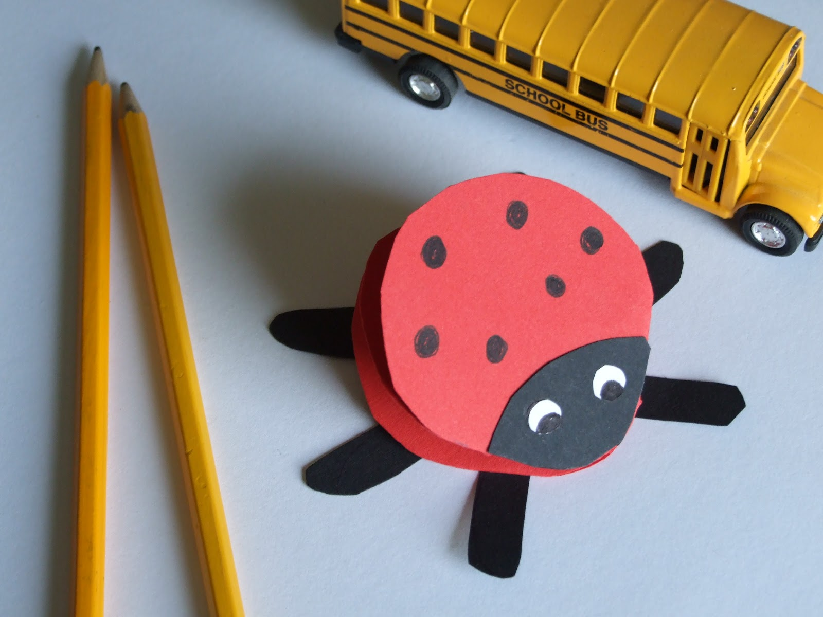 Easy Craft Ideas For Kids With Paper Part - 47: Easy Crafts For Kids: Paper Ladybug