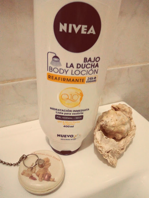 Nivea-body-lotion-bajo-la-ducha