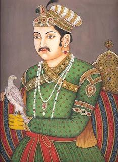 Agbar, Emperador Mogol de la India con las pestañas perfiladas