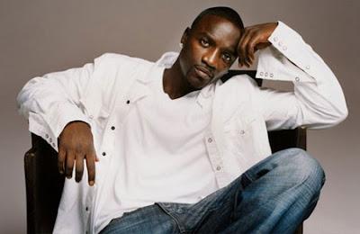Akon - Not Safe Lyrics